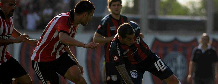 San Lorenzo no pudo y Newell's llega con chances al final