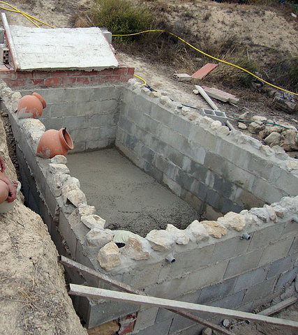 Pasos para construir una piscina ideas de disenos for Hacer piscina casera