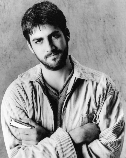 Is Taylor Hicks Gay? - Guess what all people say about it