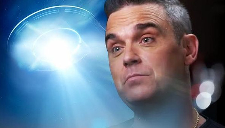 Robbie Williams, paura degli Alieni e le guardie del corpo.